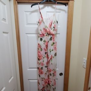 White floral flowy dress by lush. Size small.
